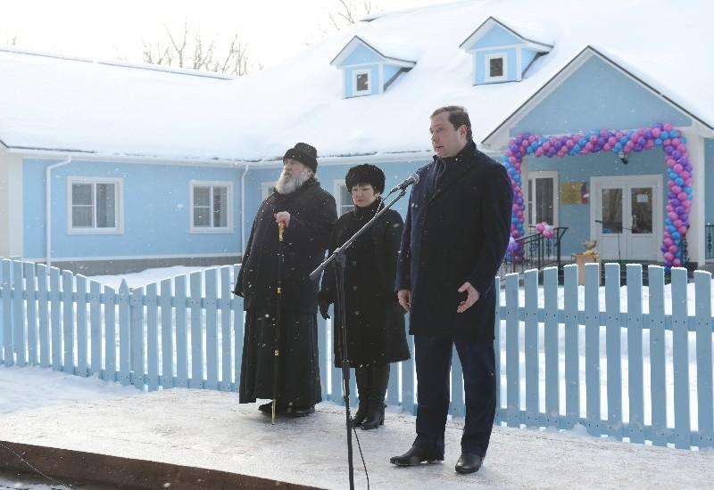 Дома престарелых в вяземском районе с ебутся пожилые русские семейные пары дома