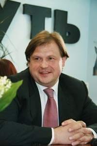Максим Шкадов