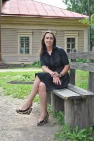 Смоленск: Татьяна Шкадова продолжает традиции княгини Марии Тенишевой