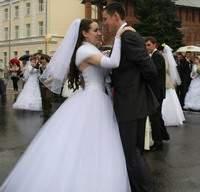 Смоленск. Сегодня в белом танце кружимся