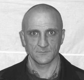 В Смоленской области разыскивают подозреваемого в убийствах