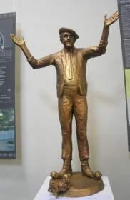 В Смоленске открылась выставка скульптора Татьяны Невеселой