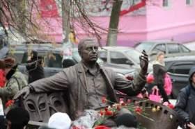В Смоленской области открыли памятник Анатолию Папанову