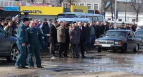"""Дмитрий Ушков: Причина """"фонтана"""" на Колхозной площади устанавливается"""