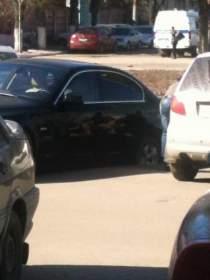 В Смоленске провалился автомобиль BMW