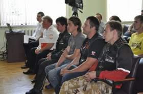 Смоленские байкеры встретились с руководством УГИБДД