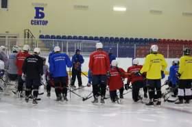 Смоленский «Славутич» вышел на лед