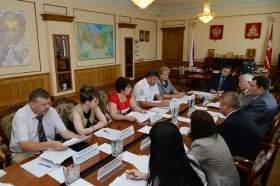 Власти Смоленской области обсудили проблемы детей-сирот