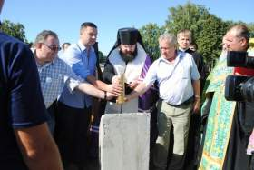 В Краснинском районе освятили закладку будущего храма