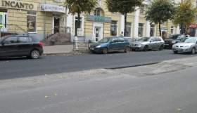 Улицу Дзержинского асфальтируют заново