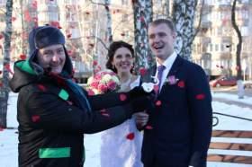 Tele2 посадила «Дерево любви» в Десногорске