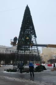 Главная елка Смоленска отправится на склад