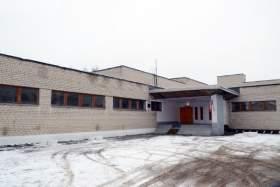 В средней школе Монастырщины реконструируют бассейн