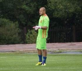 Вратарь смоленского «Днепра» ударился в бизнес