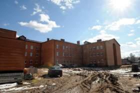 Власти недовольны темпом строительства школы в Велиже