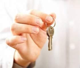 Смоленские депутаты не будут раздавать квартиры