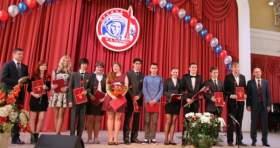 12 лучших школьников Смоленска стали лауреатами премии Гагарина