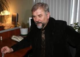 Борис Ляденко надеется приватизировать служебное жилье
