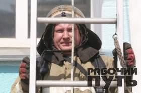 Пожарно-тактические учения прошли на смоленском железнодорожном вокзале