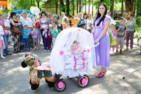 В Кардымове прошел «Пупс-парад»
