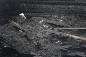 В Смоленске сгорел Mercedes