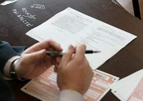 В школах смоленских исправительных колоний проходят выпускные экзамены
