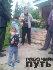 Власти Смоленского района навестили украинских беженцев из Луганска