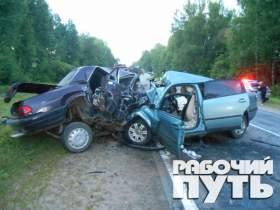 Шесть человек погибли в аварии в Рославльском районе Смоленской области