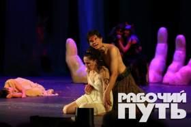 Закрытие 234 театрального сезона в Смоленском драматическом театре. Премьера спектакля «Сон в летнюю ночь»