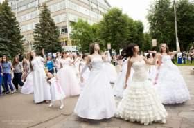 В Смоленске «сбежали» 20 невест
