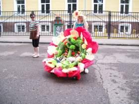 В Смоленске прошел шестой «Парад колясок»