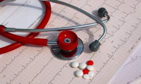 Сколько получают смоленские медики