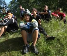 В лагере «Патриот» трудных подростков учили жизни без правонарушений
