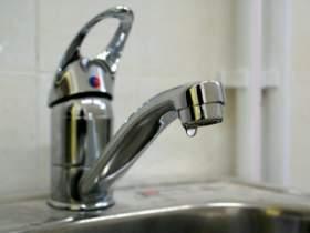 В 12 домах Смоленска в нарушение графика до сих пор не дали горячую воду