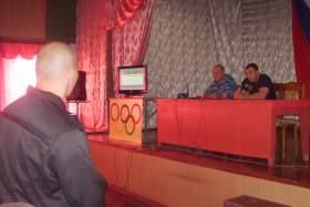 Колонию в Смоленской области посетил олимпийский чемпион Алексей Воевода